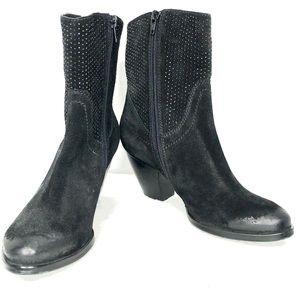 NWOT VANEli Distressed Leather Boot w/ Bead Detail